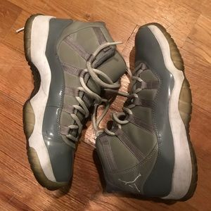 95d437c04c9 Jordan Shoes - Used Jordan 11 cool grey